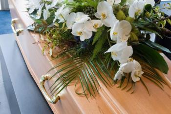 trumna zkwiatami